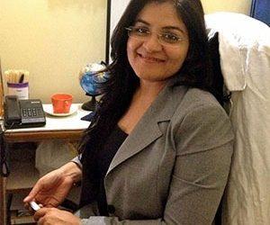 Dr Niyati Dhawan